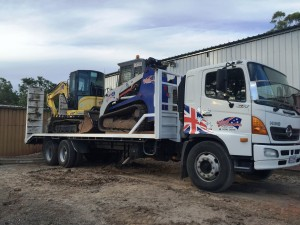 6T Excavator Bobcat Combo Hire