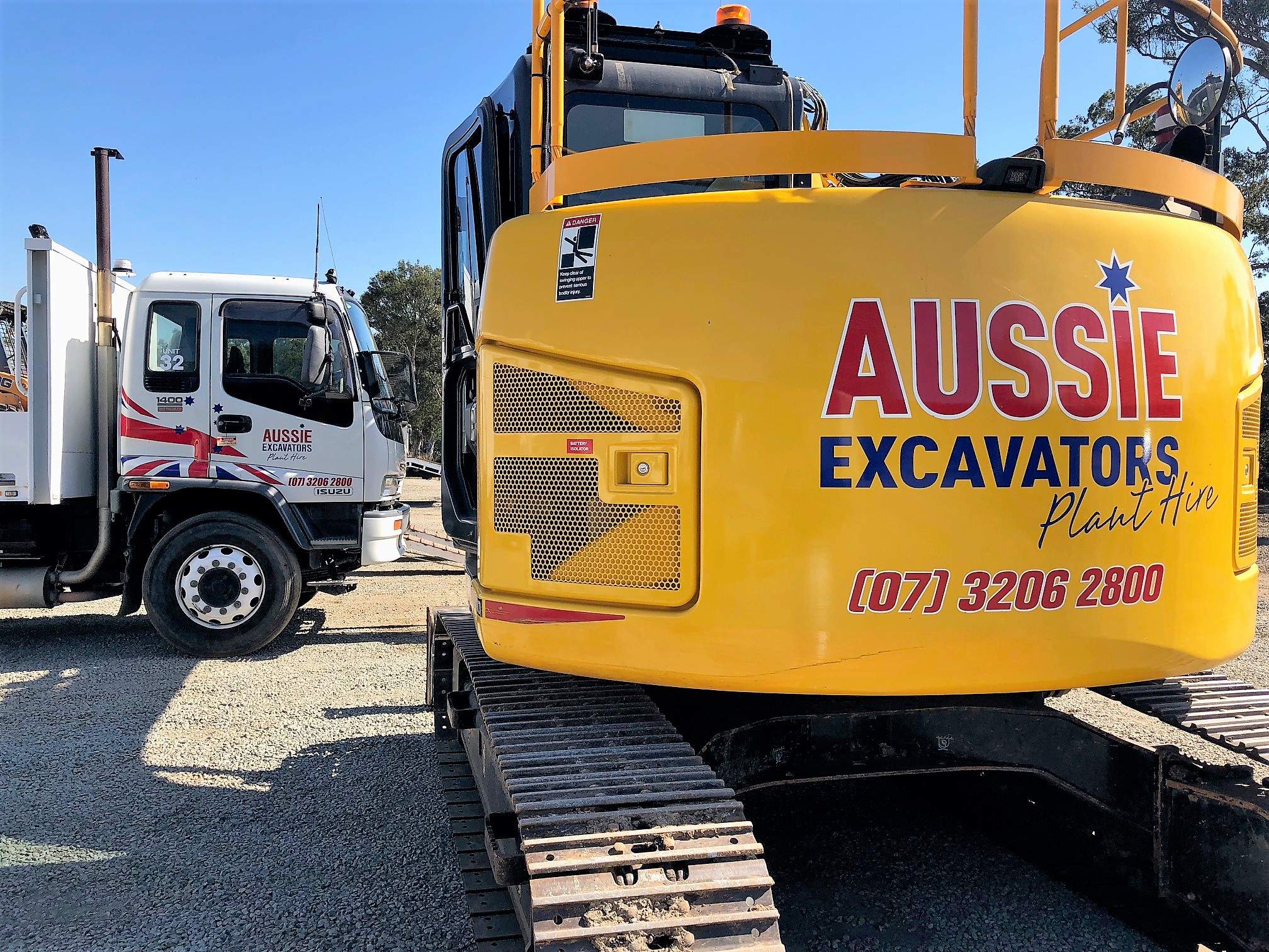 Aussie Excavators Plant Hire in Brisbane / Prices Excavators Bobcats